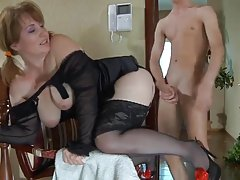Interesting mamma pojke porn ritning are